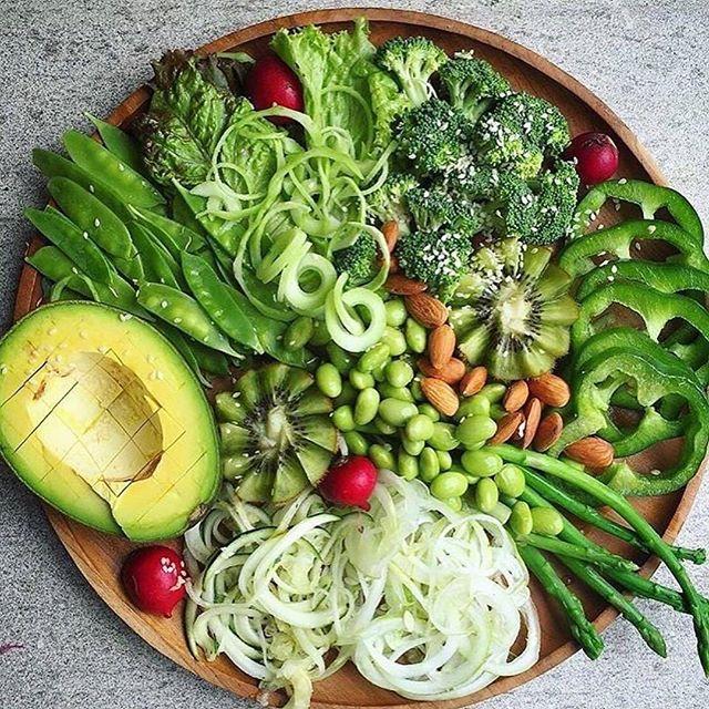Grünes-Gemüse-und-Obst